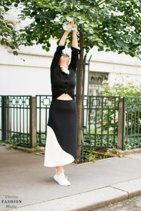 Fashionblog Wien Österreich www.viennafashionwaltz.com White Midi Skirt and other stories (9 von 19)