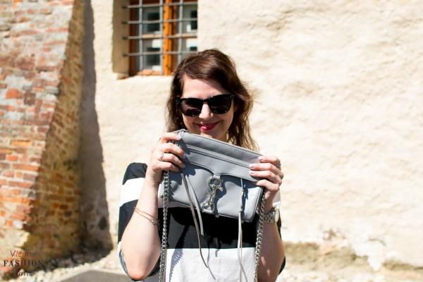 Lifestyleblog Wien Österreich www.viennafashionwaltz.com off shoulder bluse zara jeans closed bag rebecca minkoff espadrilles deichmann (16 von 18)