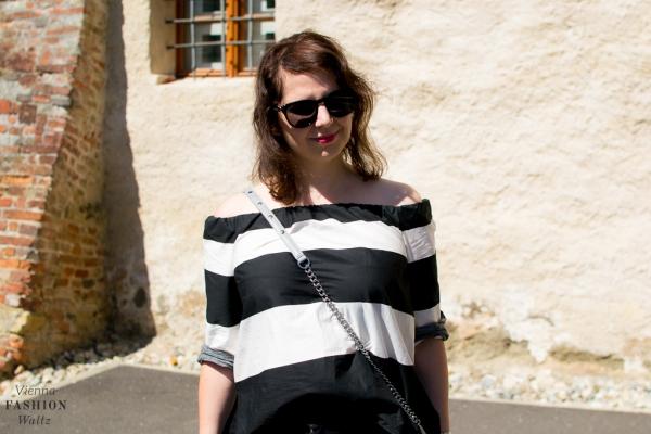 Lifestyleblog Wien Österreich www.viennafashionwaltz.com off shoulder bluse zara jeans closed bag rebecca minkoff espadrilles deichmann (17 von 18)
