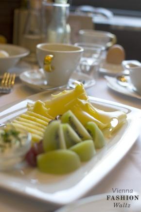 cafe-mozart9_viennafashonwaltz